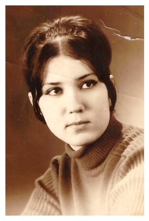 Мама - Решетникова (тогда ещё- Попова) Ирина Владимировна, 20.01.1970г.
