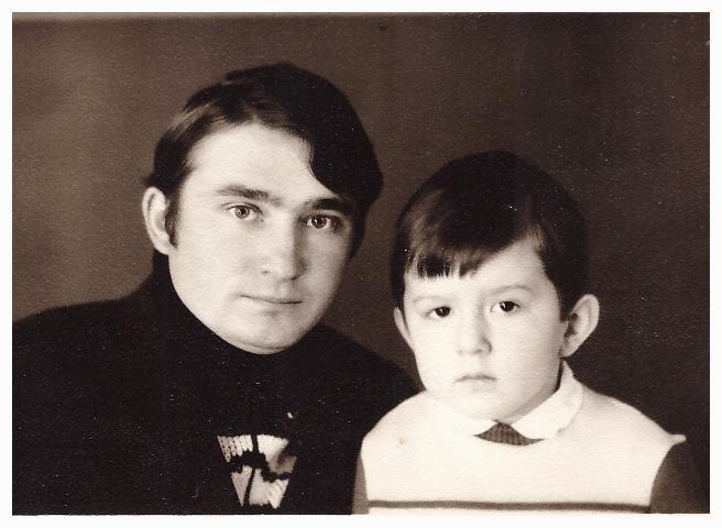 С отцом - Решетниковым Иваном Ефтифьевичем, 1974г.