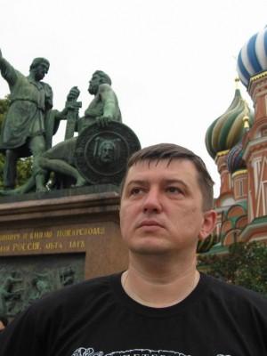 09.07.2009г. Москва. Красная площадь. Возле славных земляков-нижегородцев.