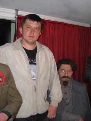 05.07.2009г., Санкт-Петербург. Петропавловская крепость. С красными вождями...